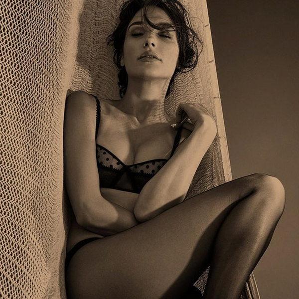 Фото Галь Гадот в нижнем белье