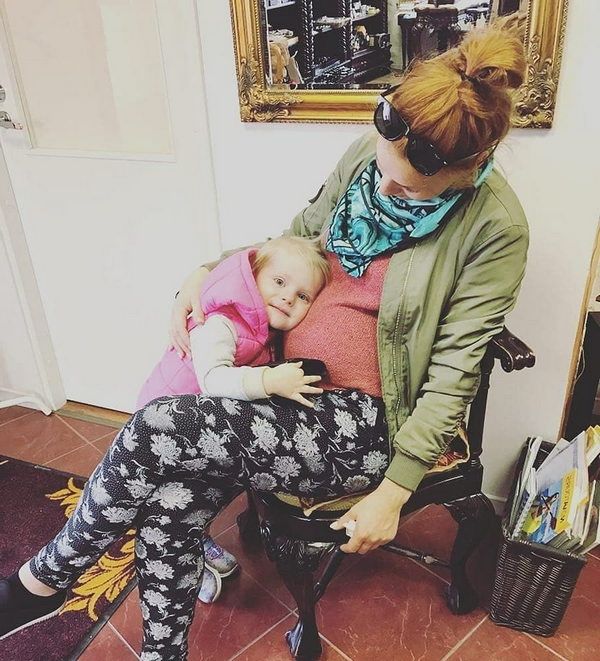 Беременная Мэрилин Керро фото