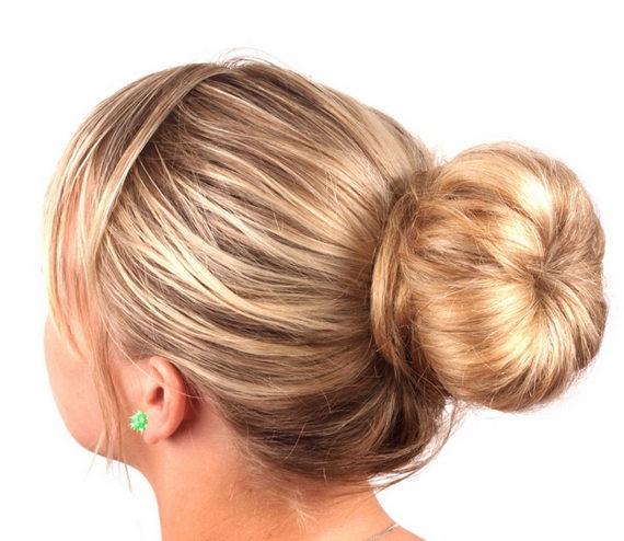 Причёска-с-помощью-бублика