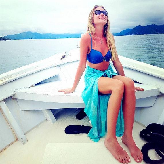 Мария Миронова в купальнике
