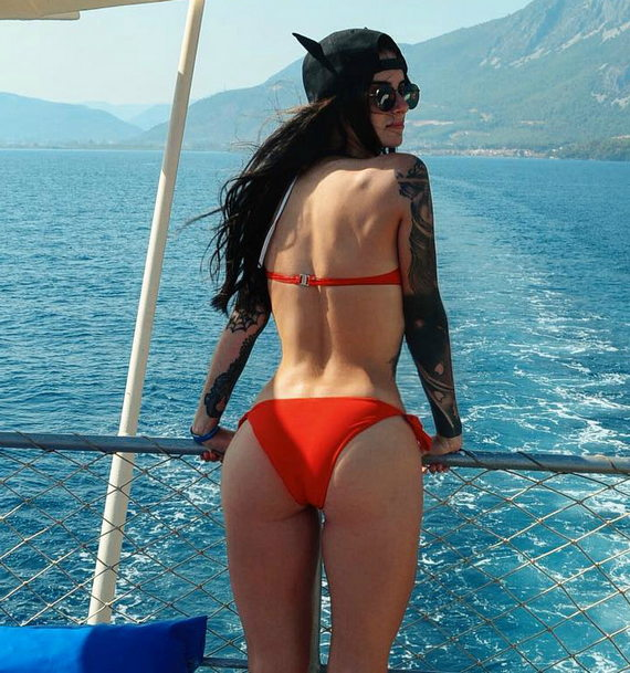 Александра Киевская фото в купальнике