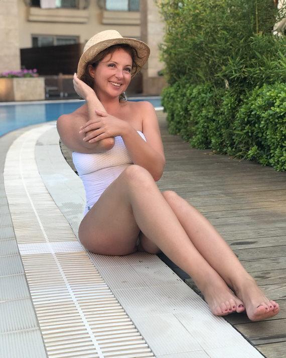 Анна Банщикова фото в купальнике