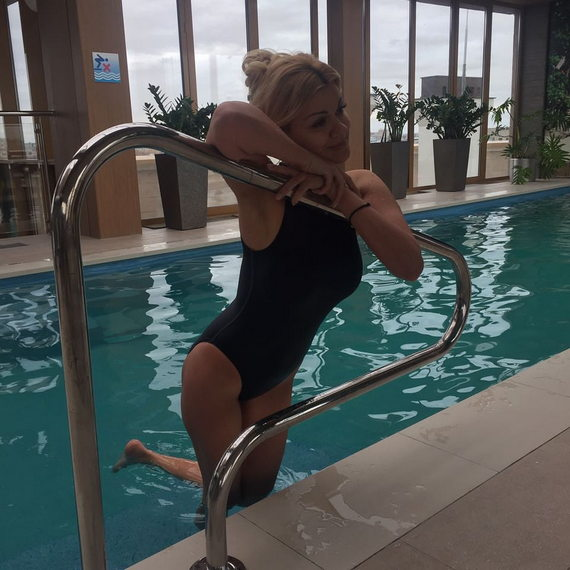 Ирина Круг в купальнике