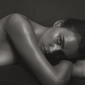 Irina SHeyk bez odezhdyi