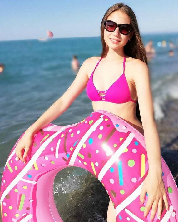 Мария Воронина в купальнике