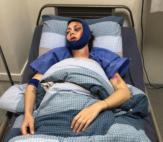 Настасья Самбурская в больнице