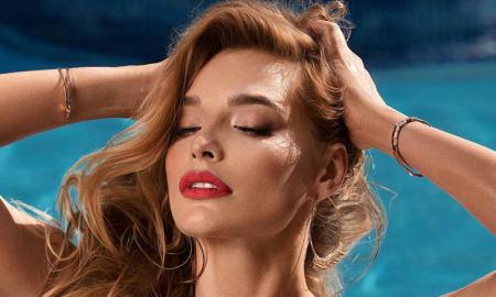 Татьяна Котова в красном купальнике фото