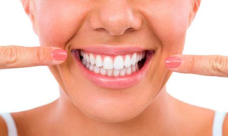 otbelivanie zubov